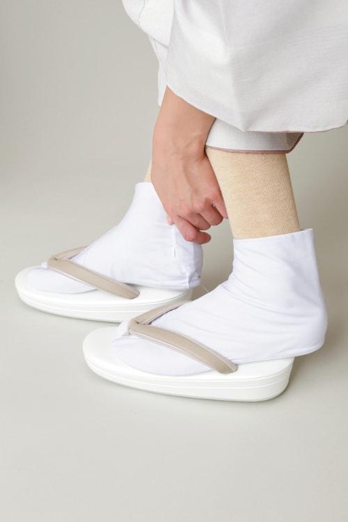 足袋下ハイソックスを履いた様子1