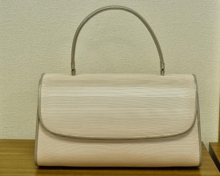 しころ織のバッグ