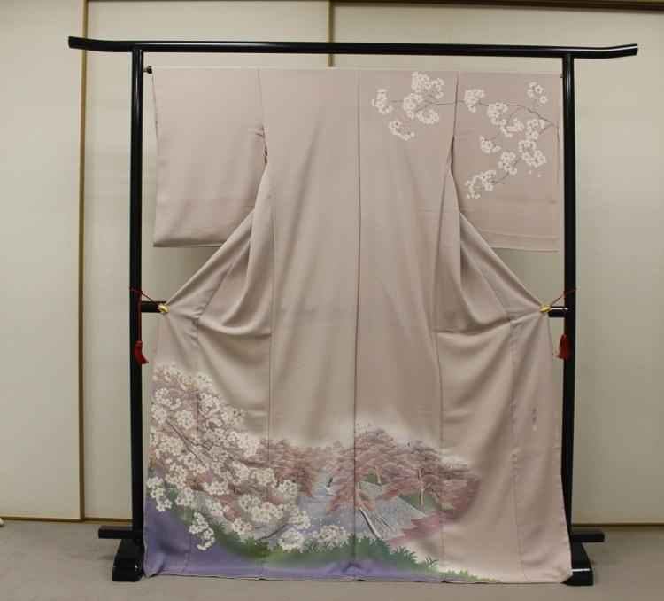 大岡川の風景を描いた訪問着