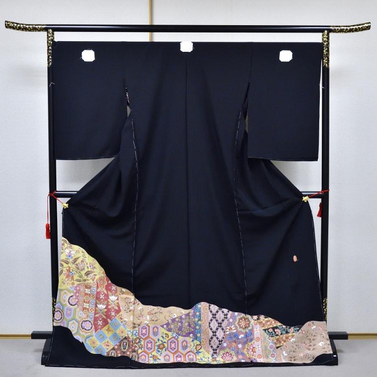 加賀友禅の黒留袖