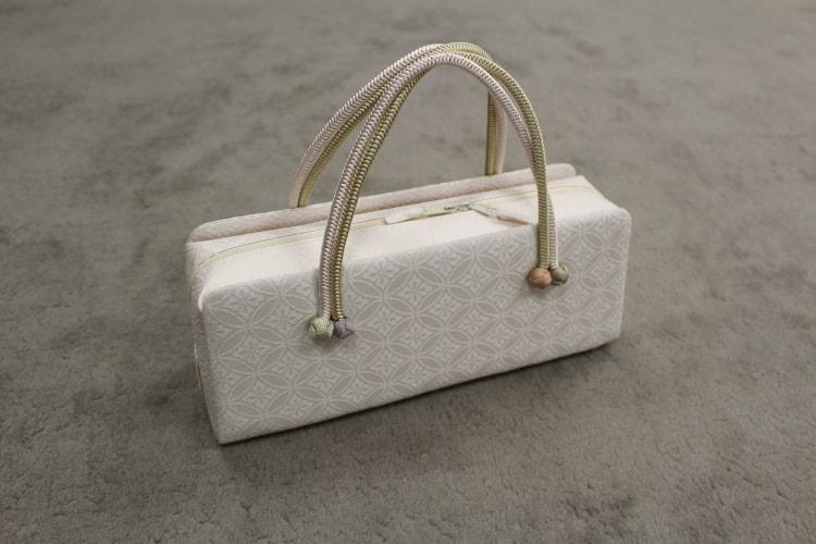 七宝のバッグ
